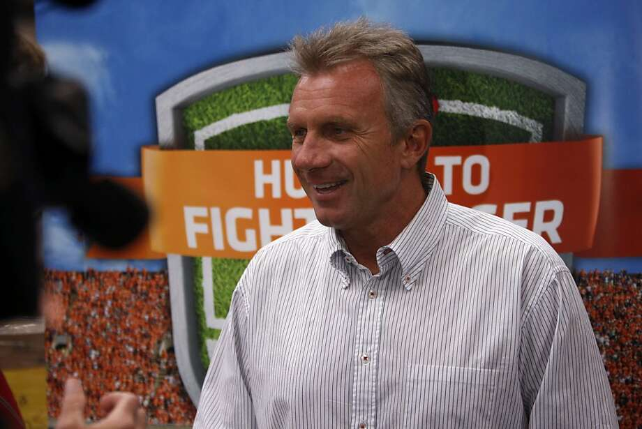 Football star Joe Montana smiles as he shares his reasons for supporting the Kraft Fights Hunger foundation at the San Francisco Food Bank in San Francisco Calif.,  on August 23, 2011. Photo: Audrey Whitmeyer-Weathers, The Chronicle