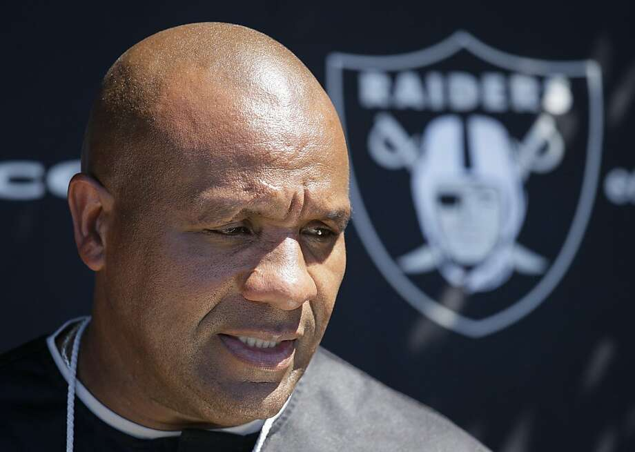 Oakland Raiders quarterback Hue Jackson meets with reporters at the end their NFL football training camp in Napa, Calif.,  Friday, Aug. 26, 2011. (AP Photo/Eric Risberg) Photo: Eric Risberg, AP