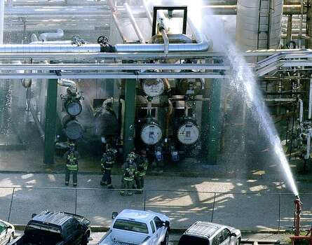 Nustar Shutters S A Refinery After Fire San Antonio