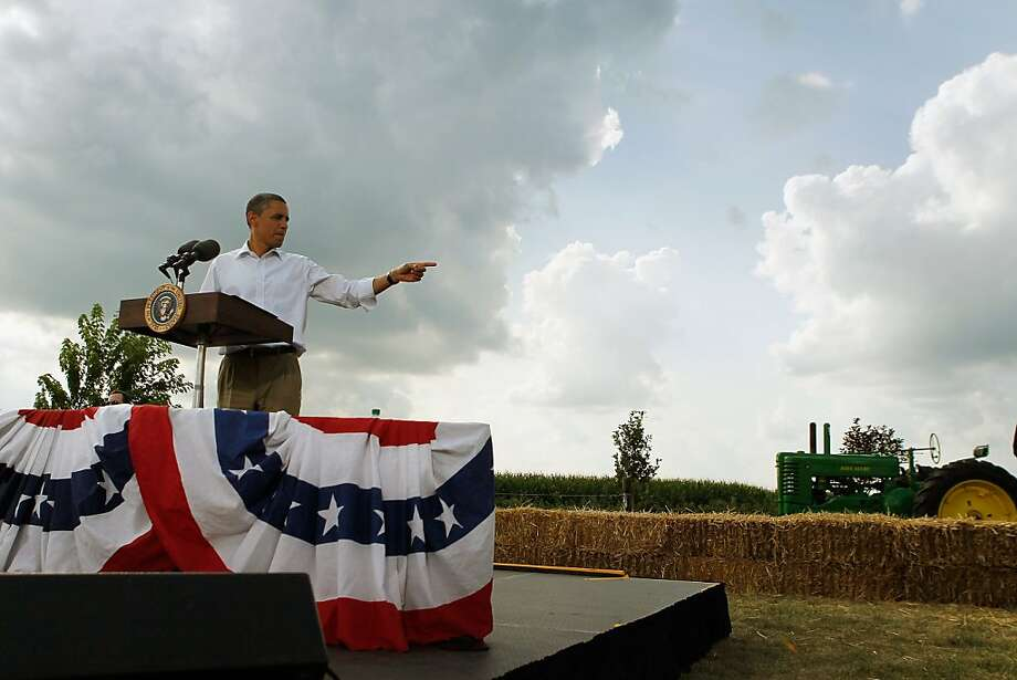 ALPHA, IL - AUGUST 17:  U.S. President Barack Obama speaks at a town hall style meeting at Country Corner Farm Market on August 17, 2011 in Alpha, Illinois. President Obama is on the last day of a three-day bus tour of Minnesota, Iowa and Illinois during which he will discuss ways to improve the economy and create jobs, and hear directly from Americans.  (Photo by Joe Raedle/Getty Images) Photo: Joe Raedle, Getty Images