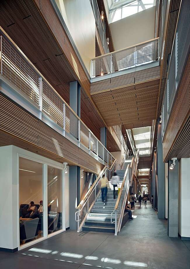 The Multi-Use Building at City College of San Francisco, which opened in 2010, was designed by Pfau Long Architecture with VBN Architects and Interface Engineers. The building has a number of sustainable design features, and uses 40 percent less energy than state minimum requirements. Photo: Bruce Damonte