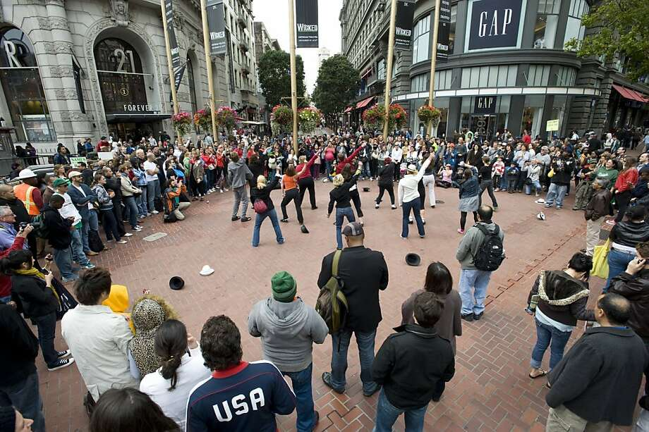 """The Bay Area Flash Mob performs Michael Jackson's """"Thriller"""" and a variety of his other hits during one of their impromptu performances near the Powell St. cable-car turnaround in San Francisco, Calif., on Friday, June 25, 2010. Photo: Chad Ziemendorf, The Chronicle"""
