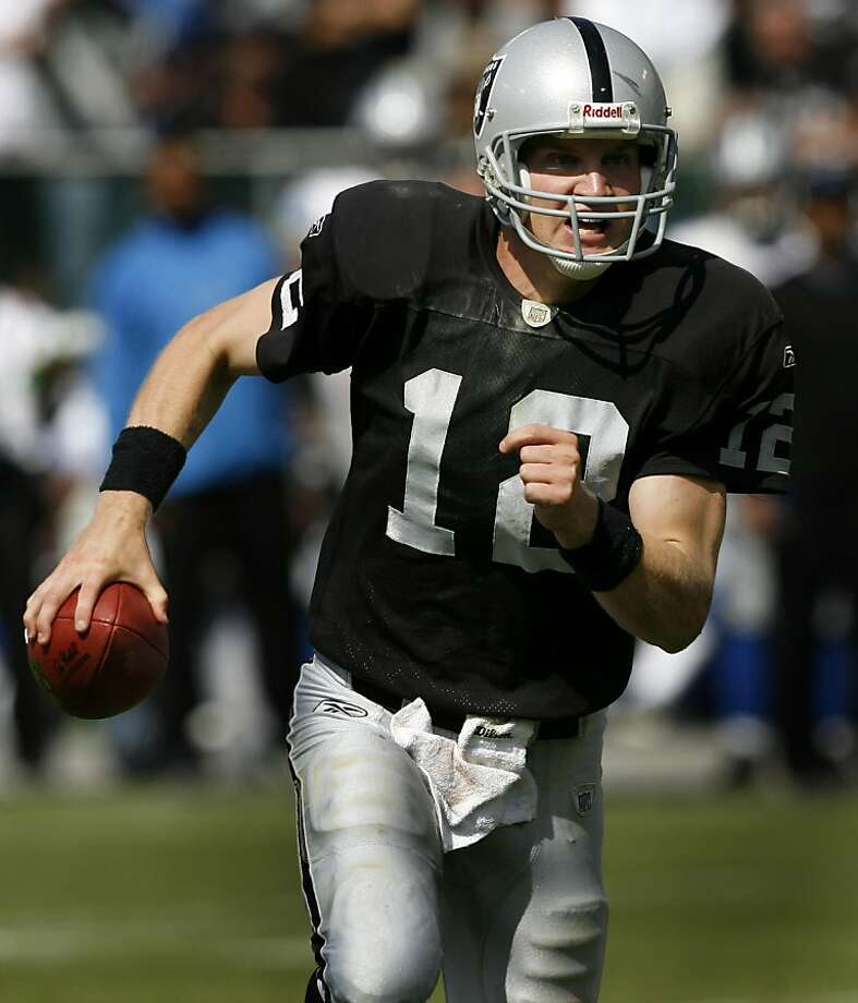 Quarterback Josh McCown scrambles for yardage in the third quarter. The Oakland Raiders vs. Detroit Lions at McAfee Coliseum in Oakland, Calif. on Sunday, Sept. 9, 2007. PAUL CHINN/The Chronicle **Josh McCown Ran on: 09-11-2007 Josh McCown will continue to be the starter over Daunte Culpepper, who is one of the highest-paid backups in the league. Ran on: 09-11-2007 Josh McCown will continue to be the starter over Daunte Culpepper, one of the highest-paid backups in the league. Ran on: 09-11-2007   Ran on: 08-18-2011 Josh McCown, who played in the UFL last year and has thrown only six passes in the NFL since the end of the 2007 season, signed with the 49ers on Wednesday. B3 Photo: Paul Chinn, SFC
