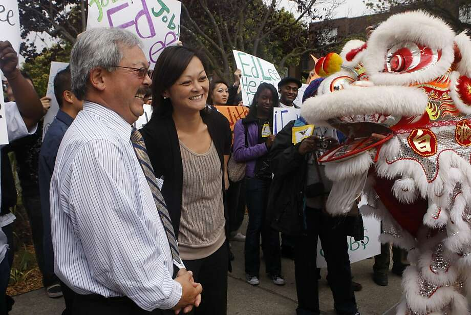 Supervisor Carmen Chu and Mayor Ed Lee enjoy the lion dancers perform before the rally for Lee's campaign outside the Ella Hill Hutch Community Center in San Francisco Calif.,  on August 11, 2011. Photo: Audrey Whitmeyer-Weathers, The Chronicle