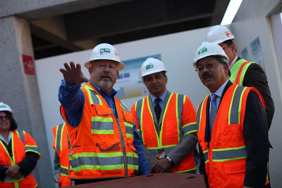 Mayor Ed Lee (right) talks with Terry Saltz (left), San Francisco General Hospital  program director, and others while touring the site for a rebuilt San Francisco General Hospital on Wednesday, August 10, 2011 in San Francisco, Calif. Photo: Lea Suzuki, The Chronicle
