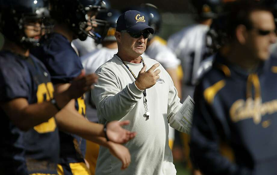 Head coach Jeff Tedford directs his team during practice, as the UC Berkeley Golden Bears football team opens their fall training camp in Berkeley, Ca. on Saturday August 6, 2011. Photo: Michael Macor, The Chronicle