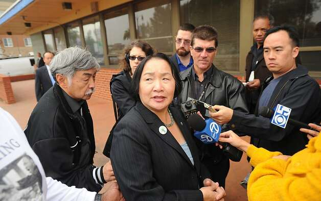 Oakland Mayor Jean Quan speaks with reporters on Monday, Jan. 17, 2011, in Oakland, Calif. Quan said Oakland Police Chief Chief Anthony Batts' job search has taken her by surprise. Photo: Noah Berger, Special To The Chronicle