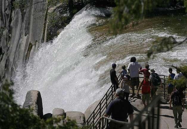 Yosemite 3 Presumed Dead Swept Over Vernal Fall Sfgate