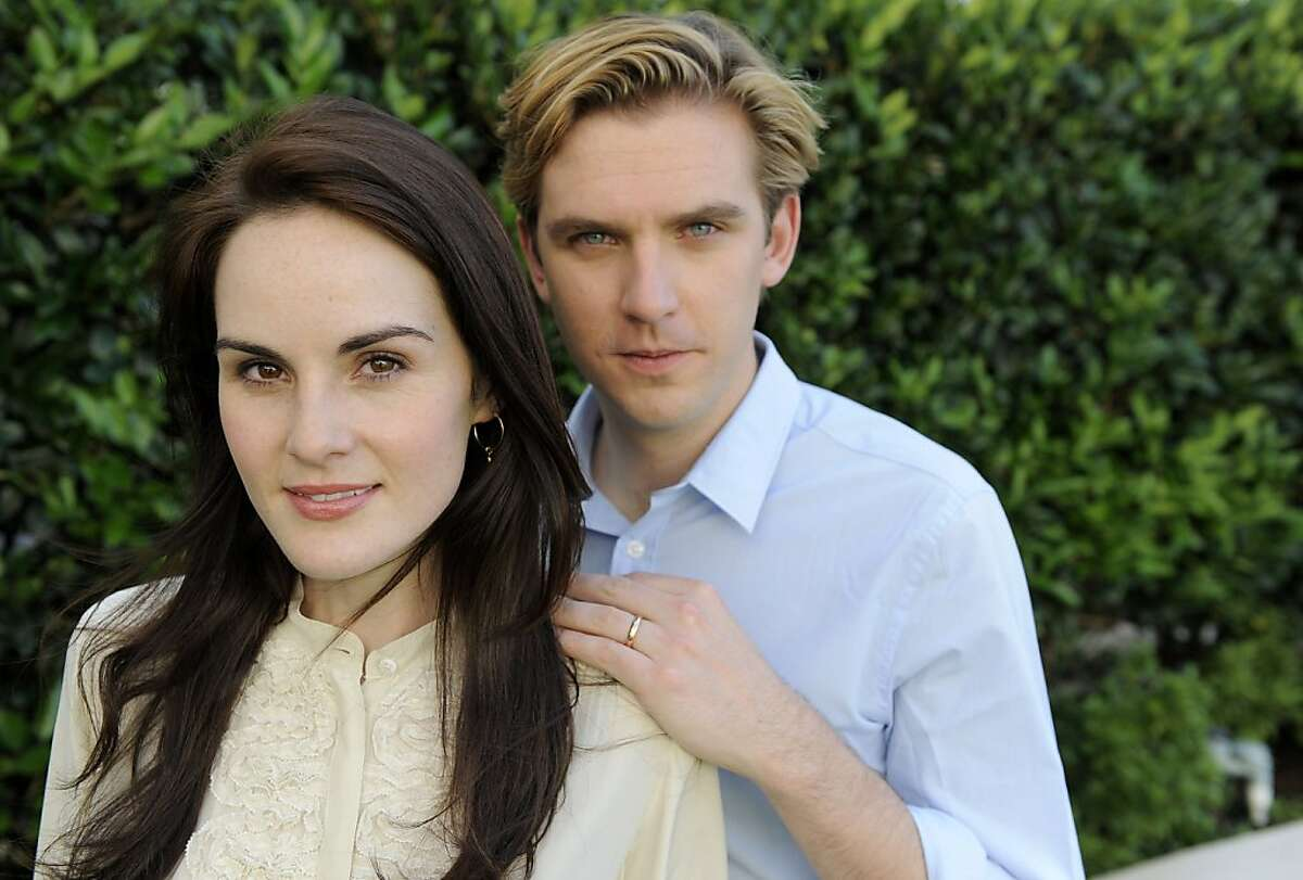 """""""Downtown Abbey II"""" cast members Michelle Dockery and Dan Stevens pose together for a portrait, Sunday, July 31, 2011, in Beverly Hills, Calif."""