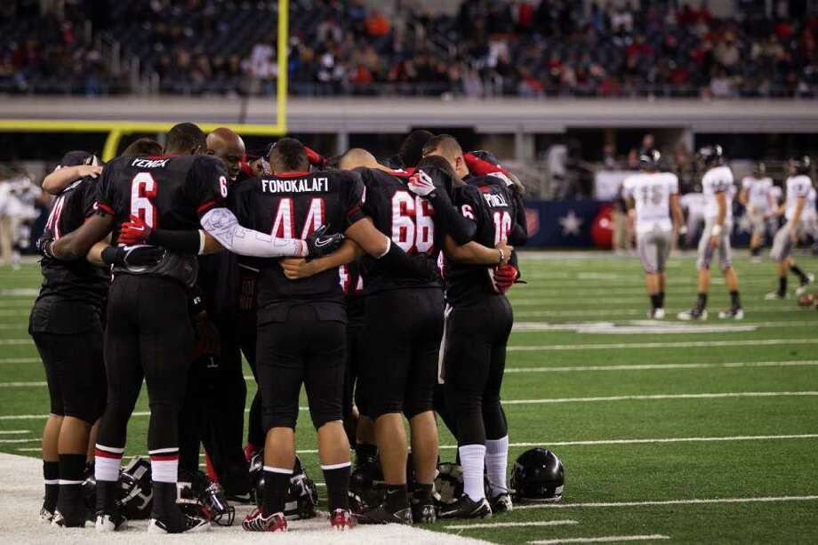 2. Arlington Martin 19, Euless Trinity 7After Trinity ousted Allen in the area round, the Trojans were the clear front-runner for the Class 5A Division I title until they ran into Martin, which beat them in the regional semifinals last weekend. Photo: Smiley N. Pool, Houston Chronicle / Houston Chronicle