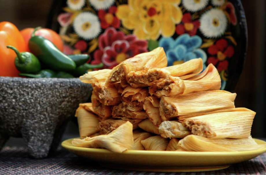Tamales will be on the holiday menu for several officials in Northwest San Antonio this season. File photo Photo: HELEN L. MONTOYA,  HELEN L. MONTOYA/hmontoya@express-news.net / hmontoya@express-news.net