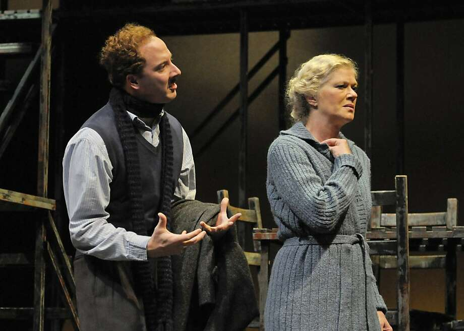 "Tom (Nicholas Pelczar, left) argues with his mother Amanda (Sherman  Fracher) in Marin Theatre Company's ""The Glass Menagerie"" Photo: Alessandro Mello"
