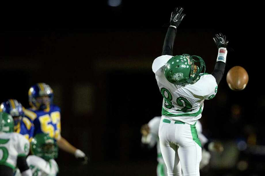 Hempstead wide receiver Brian Knowles Photo: Smiley N. Pool, Houston Chronicle / © 2011  Houston Chronicle