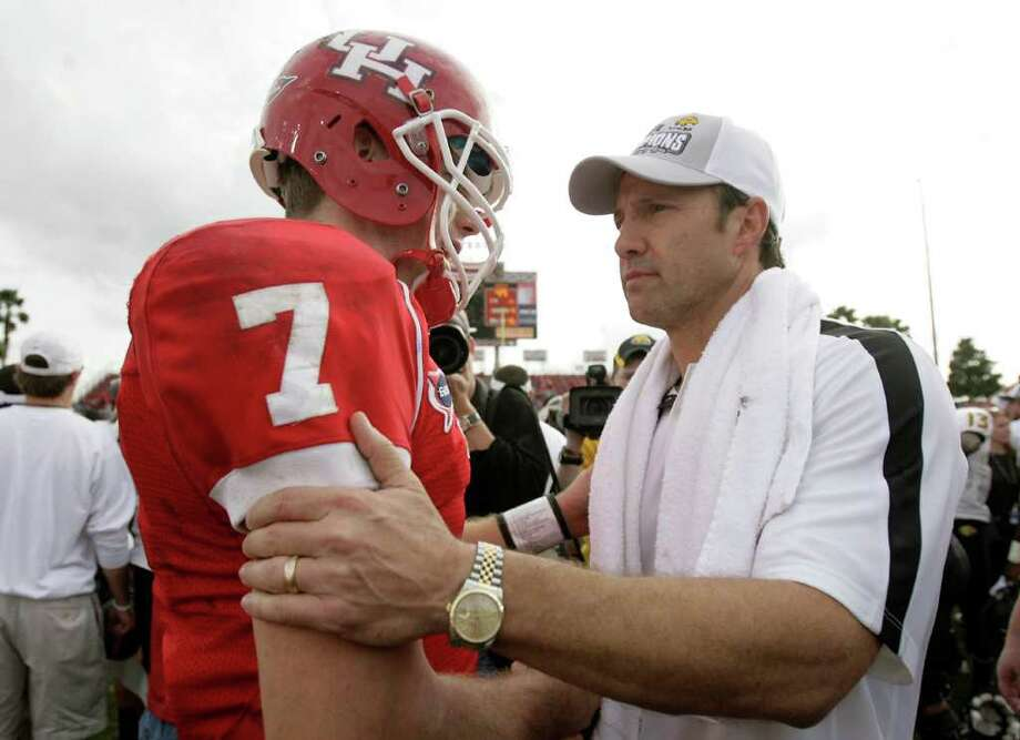With Saturday's upset of UH, Southern Miss head coach Larry Fedora, right, has emerged as a candidate for the A&M job. Photo: Nick De La Torre, Houston Chronicle / © 2011  Houston Chronicle