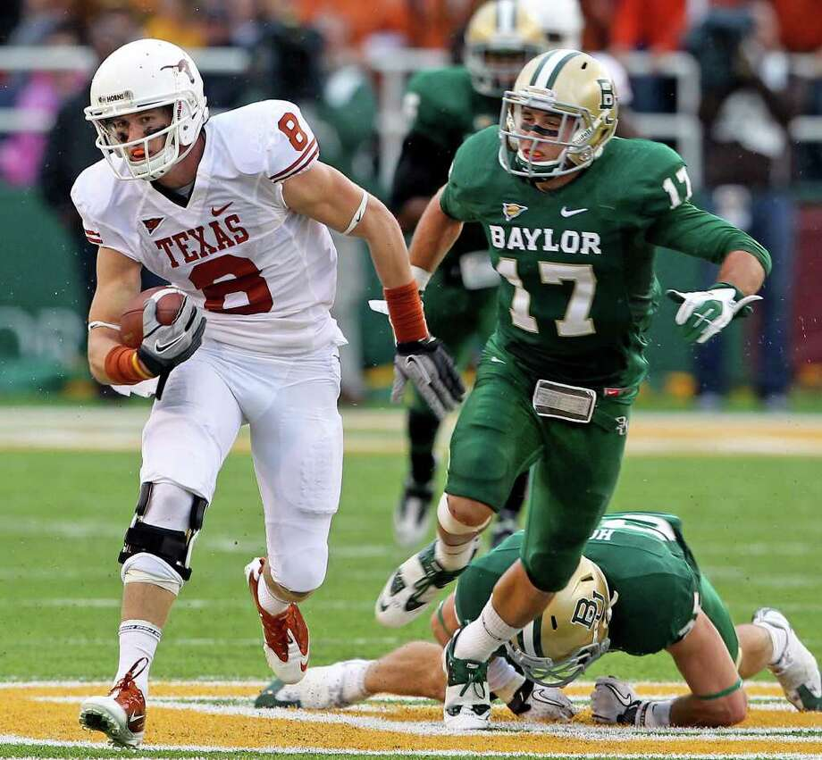 The Longhorns' Jaxon Sipley gets loose on a catch in the first half as Baylor hosts Texas at Floyd Casey Stadium in Waco on Saturday, Dec. 3, 2011. Photo: TOM REEL, SAN ANTONIO EXPRESS-NEWS  / © 2011 San Antonio Express-News