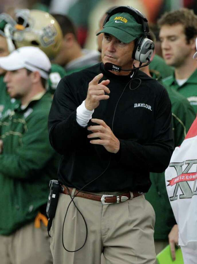 Art Briles will remain in Waco. (AP Photo/Tony Gutierrez) Photo: Tony Gutierrez, Associated Press / AP