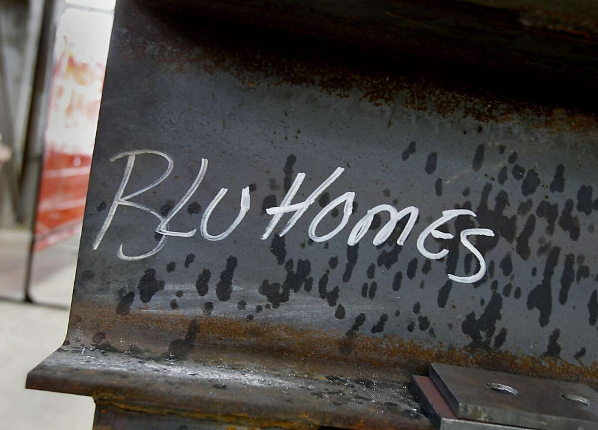 Blu Homes uses steel girders and hinges that allow for easy home expansion in their construction. Blu Homes, a prefabricated home builder, has opened up a huge manufacturing plant at Vallejo's Mare Island area, in an old hangar that was used to build submarines.