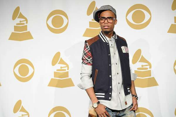 LOS ANGELES, CA - DECEMBER 01:  Rapper B.o.B poses in the press room during the GRAMMY Nominations Concert Live at Club Nokia on December 1, 2010 in Los Angeles, California.  (Photo by Jason Merritt/Getty Images)