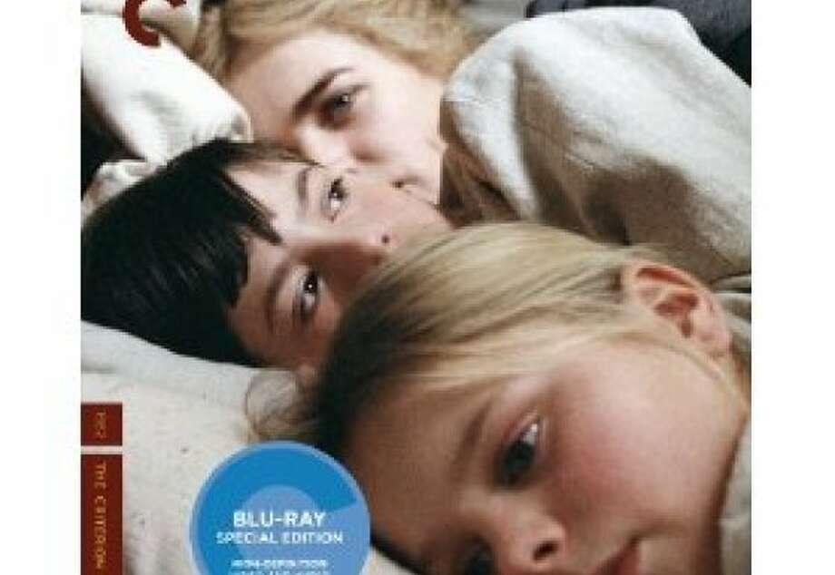 dvd cover FANNY & ALEXANDER Photo: Criterion Collection, Amazon.com
