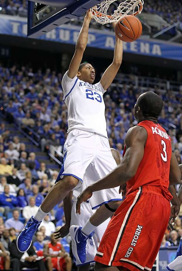 LEXINGTON, KY - DECEMBER 01:  Anthony Davis #23 of the Kentucky Wildcats dunks the ball during the game against the St.John's Red Storm at Rupp Arena on December 1, 2011 in Lexington, Kentucky.  (Photo by Andy Lyons/Getty Images) Photo: Andy Lyons, Getty Images