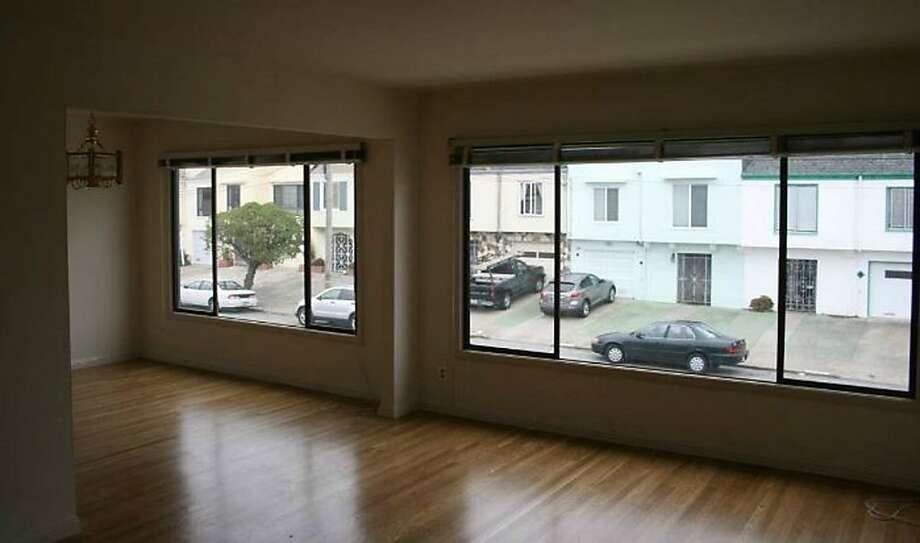 1843 41st Ave. Photo: Shamrock Real Estate