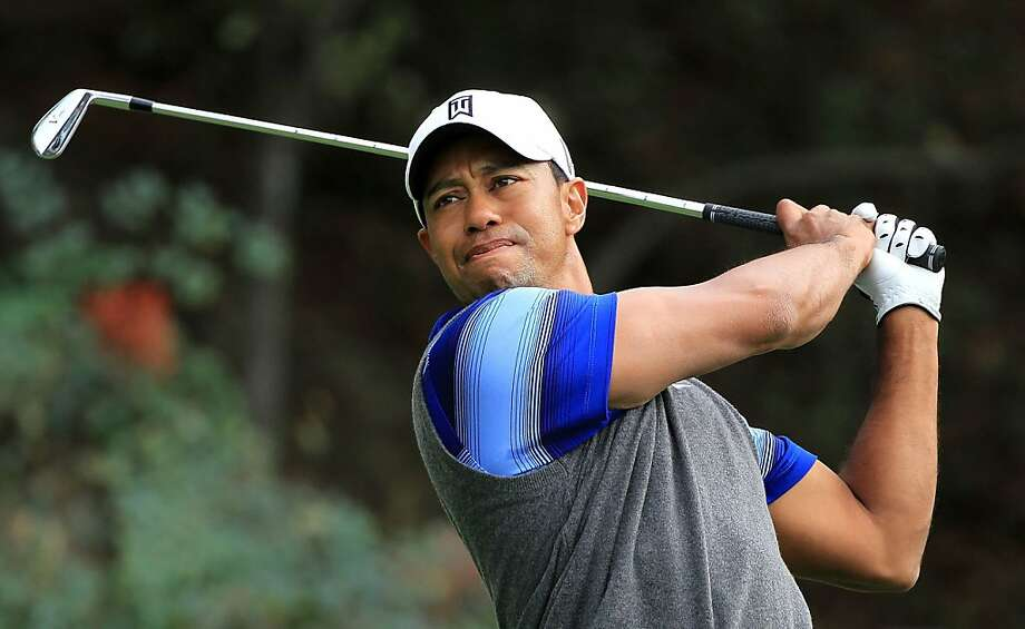 THOUSAND OAKS, CA - DECEMBER 02:  Tiger Woods watches a tee shot on the 18th hole during the second round of the Chevron World Challenge at Sherwood Country Club on December 2, 2011 in Thousand Oaks, California.  (Photo by Scott Halleran/Getty Images) Photo: Scott Halleran, Getty Images