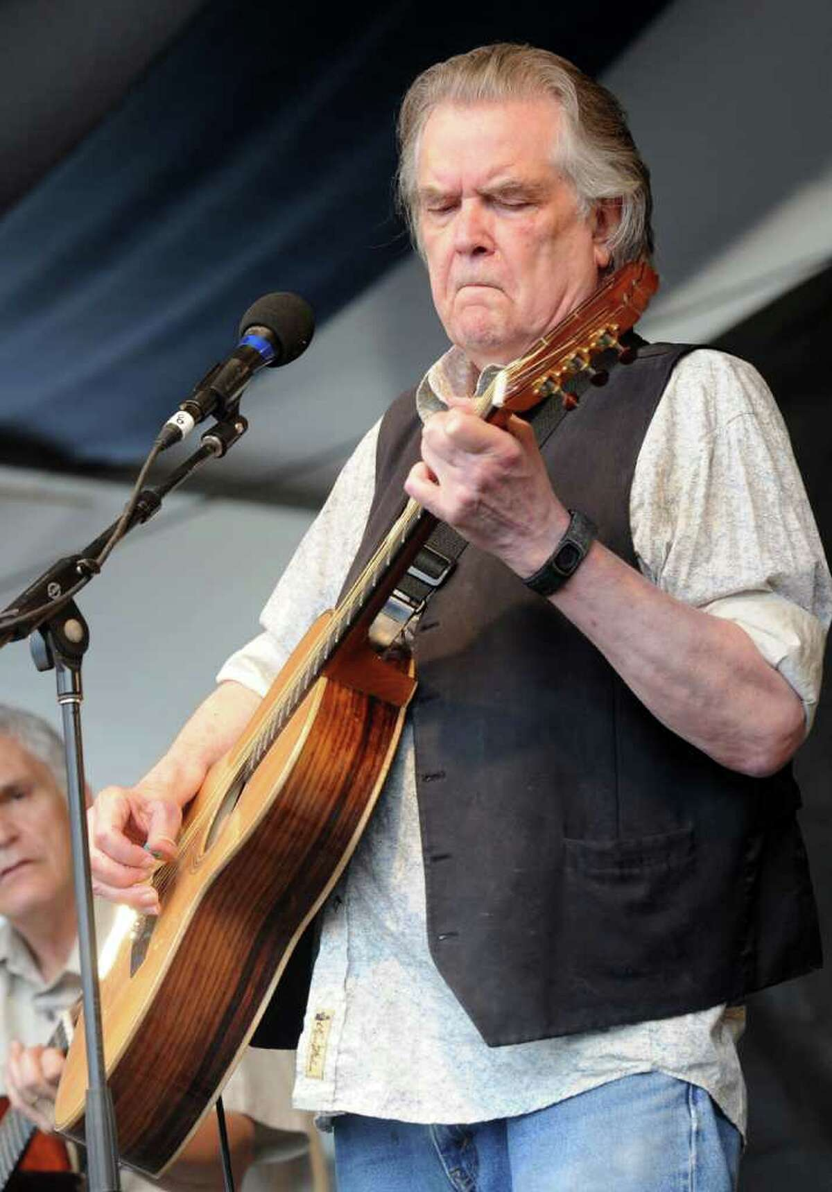 A who's who of singers took part in a project paying tribute to singer Guy Clark.