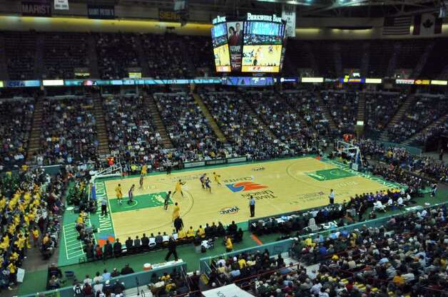 Siena beat UAlbany by a 64-60 score at the Times Union Center on Monday night Dec. 5, 2011 in Albany, NY.  (Philip Kamrass / Times Union ) Photo: Philip Kamrass / 10015374A