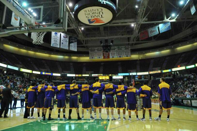 UAlbany players before the start of their game against Siena, won by Siena 64-60 , at the Times Unio