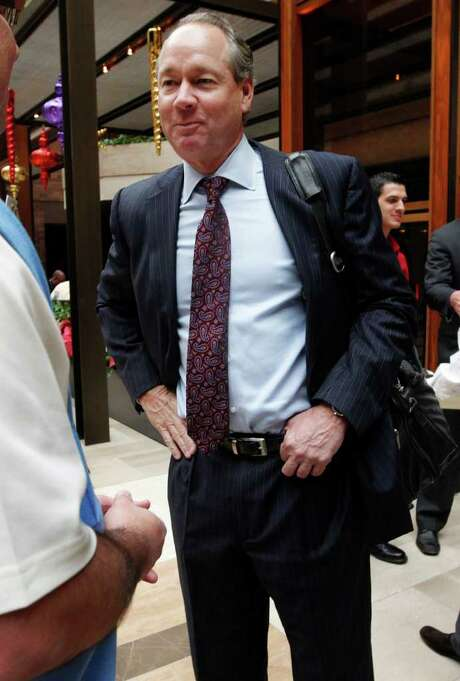 LM OTERO: ASSOCIATED PRESS RARE SIGHT: Though owners of major league baseball teams typically shy away from winter meetings, Astros new head honcho Jim Crane made the trip to Dallas on Monday as he continues the search for a new general manager. Photo: LM Otero / AP
