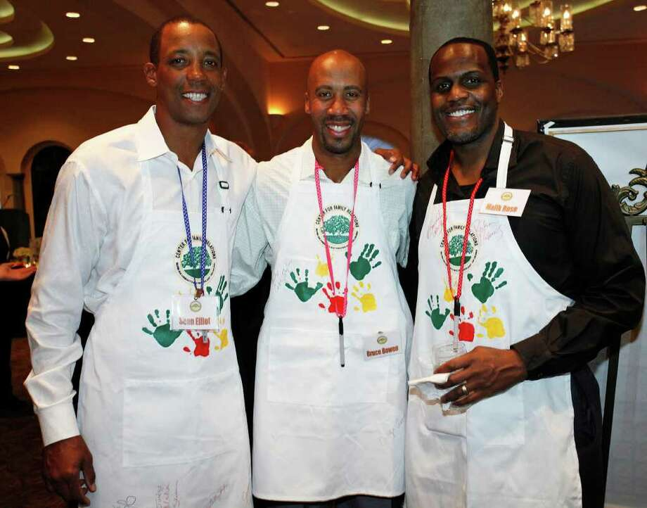 FEATURES; TRENDS KIDS SAKE JMS; 03/10/11; From the left, former Spurs Sean Elliott, Bruce Bowen and Malik Rose at the For the Sake of Our Kids 8th Annual Celebrity Dinner benefiting the Center for Family Relations Thursday, March 10, 2011 at The Club at Sonterra in San Antonio. ( Photo by J. Michael Short / SPECIAL ) Photo: J. Michael Short, SPECIAL TO THE EXPRESS-NEWS / THE SAN ANTONIO EXPRESS-NEWS
