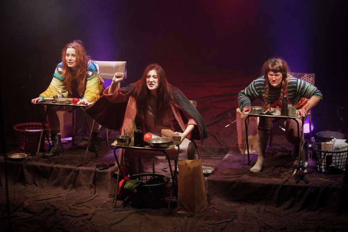 MAYRA BELTRÁN : STAFF ODDITY: Ivy Castle, from left, Elissa Levitt and Jessica Janes star in Catastrophic Theatre's Anna Bella Eema.