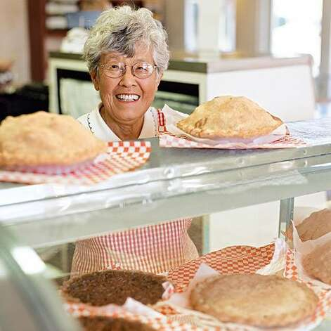 At Mom?s Apple Pie in Sebastopol, CA you will find all the comfort and love of home baked into this mom's pies. Photo: David Fenton, Sunset