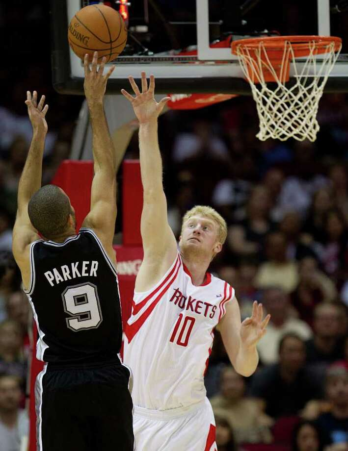 The Rockets face the Spurs Dec. 29 in their home-opener. Photo: Smiley N. Pool, Houston Chronicle / Houston Chronicle