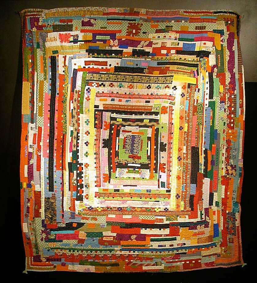 "Khatumbi Muzavar (Mainalli), 2004. A quilt in the ""Southful Stitching"" exhibition at the Museum of the African Diaspora. Photo: Moad"