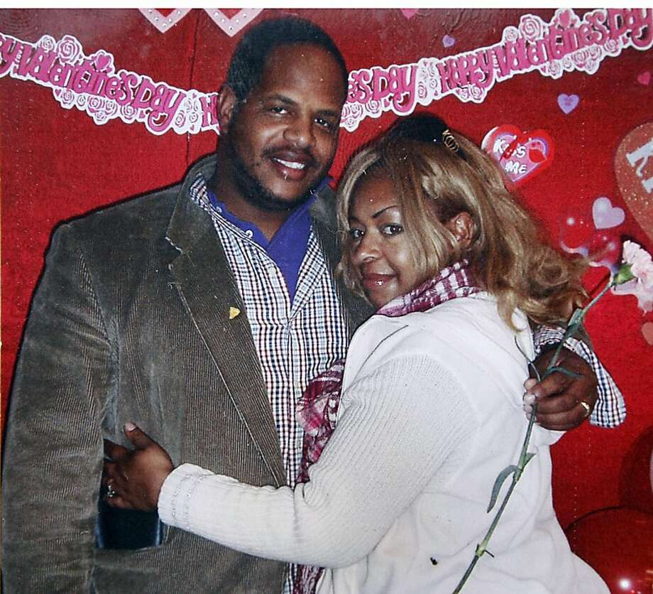 Paris Powell and his wife LaLita Powell are scene in a undated family photo.  Paris Powell died Thursday July 28, 2011 from wounds sustained during a drive by shooting on 47th street off International Avenue in Oakland. Photo: Courtesy Family