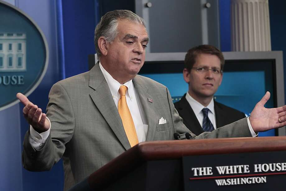 Transportation Secretary Ray LaHood urges lawmakers to pass a bill to put the Federal Aviation Administration (FAA) back in business. Photo: Pablo Martinez Monsivais, AP