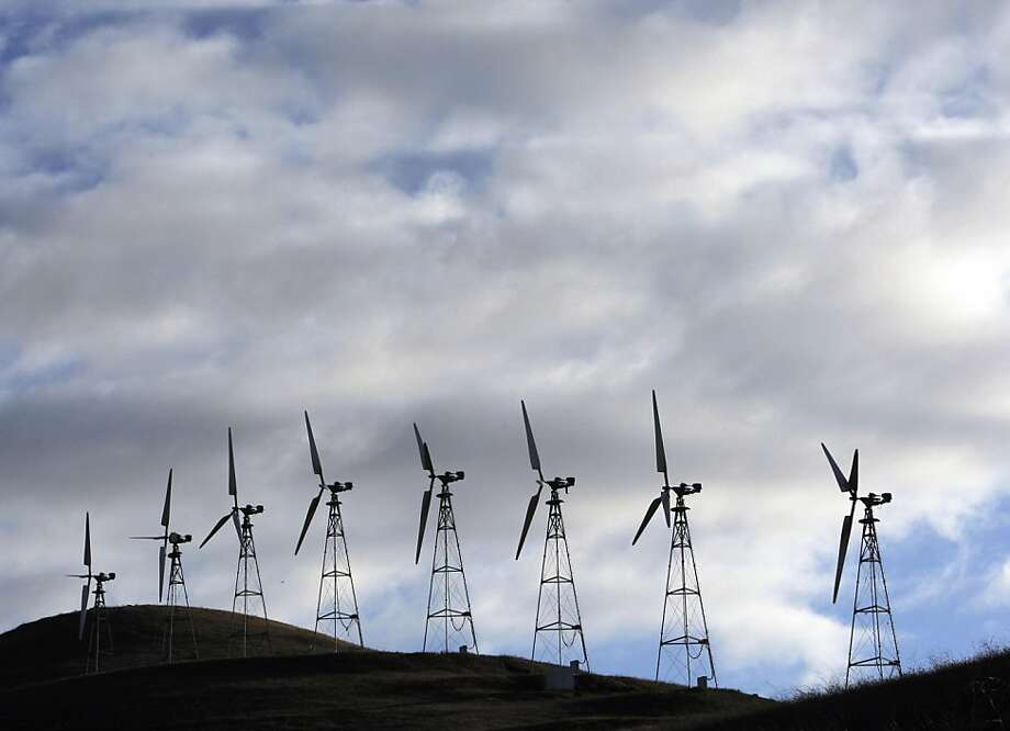 For years, wind energy turbines at Altamont Pass have been blamed for killing thousands of birds each year. A settlement announced Monday calls for the largest company at Altamont to replace its old towers with fewer, taller, more efficient turbines to reduce bird fatalities. Photo: Adm Golub, The Chronicle