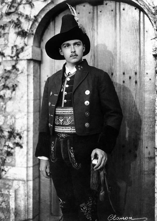 FILE - In this Dec. 3, 1936 file picture Archduke Otto von Hapsburg poses  in uniform of a captain of theTyrolean rifleman's regiment at unknown place in Austria. A  spokeswoman for Otto von Habsburg says the oldest son of Austria-Hungary's last emperor and longtime head of one of Europe's most influential families has died at age 98.  Eva Demmerle told The Associated Press on Monday July 4, 2011  that Habsburg died in his sleep early in the morning at his home in Poecking in southern Germany.  Born on Nov. 20, 1912, Habsburg witnessed the family's decline after the Habsburgs were forced into exile following World War I.  Habsburg settled in Poecking in the 1950s and went on to become a member of the European parliament for Bavaria's conservative Bavari Photo: AP 1936
