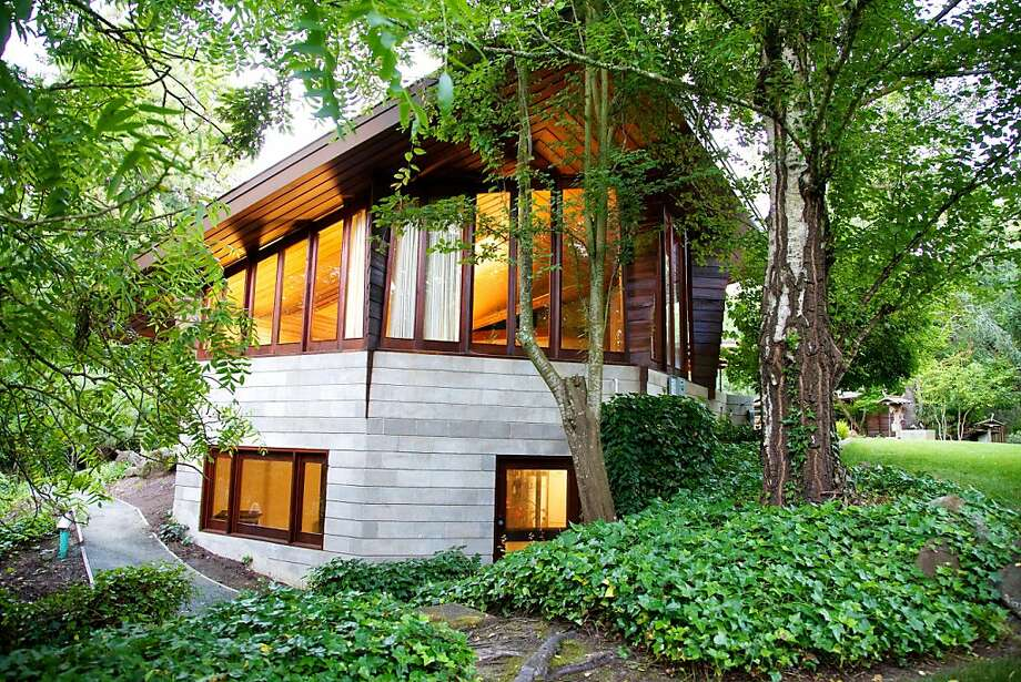 Frank Lloyd Wright's Buehler House is open for the first time to the public on July 30. Photo: Jeff Anderson Custom Finishes