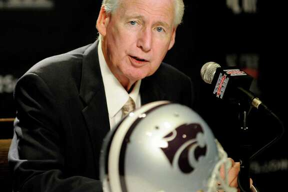 FILE - This July 26, 2011 file photo shows Kansas State head coach Bill Snyder answering questions during NCAA college football Big 12 Media Days, in Dallas. Snyder is the runaway pick as the AP Big 12 coach of the year.  (AP Photo/Matt Strasen, File)