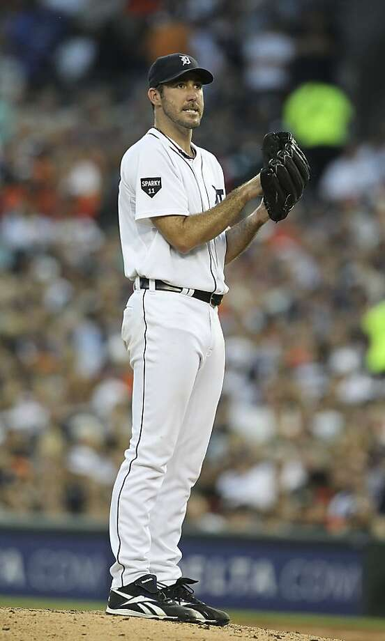 DETROIT - JULY 15:  Justin Verlander #35 of the Detroit Tigers reacts after giving up two runs in the third inning during the game against the Chicago White Sox at Comerica Park on July 15, 2011 in Detroit, Michigan. The White Sox defeated the Tigers 8-2. Photo: Leon Halip, Getty Images