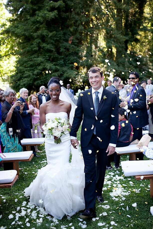 San Franciscans Dr. Nadine Burke and energy entrepreneur Arno Harris wed July 9, 2011 in a ceremony before 130 friends and family at the Dawn Ranch Lodge in Guerneville. The wedding was coordinated by Alison Events; cupcakes were by Sift bakery and flowers by La Fleuriste. Photo: Jesse Leake