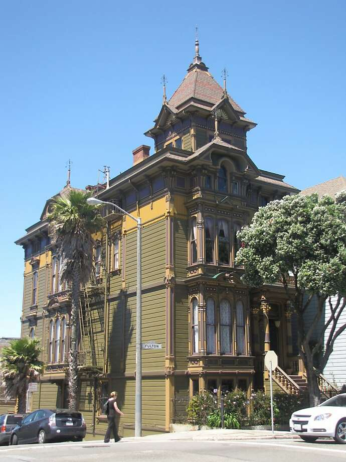 Westerfield House is one of the architectural treasures of Alamo Square -- even if doesn't have the skyline as a backdrop. Photo: John King