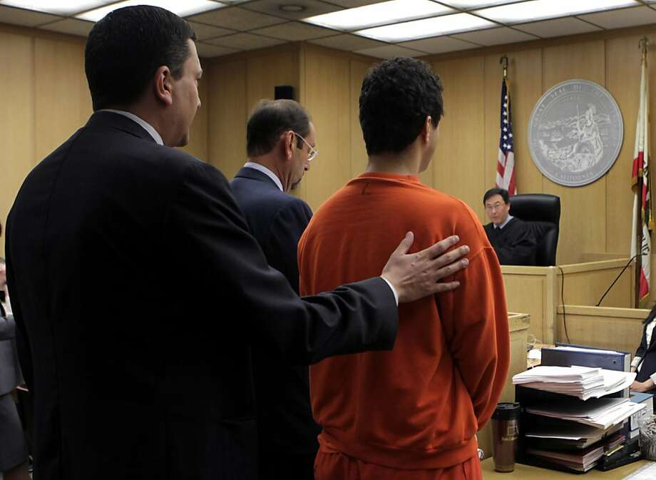 Picasso art theft suspect Mark Lugo faces Judge Samuel Feng with attorneys Raymond Schwarte (left) and Douglas Horngrad for his arraignment at the Hall of Justice in San Francisco, Calif. on Friday, July 15 2011. Photo: Paul Chinn, The Chronicle