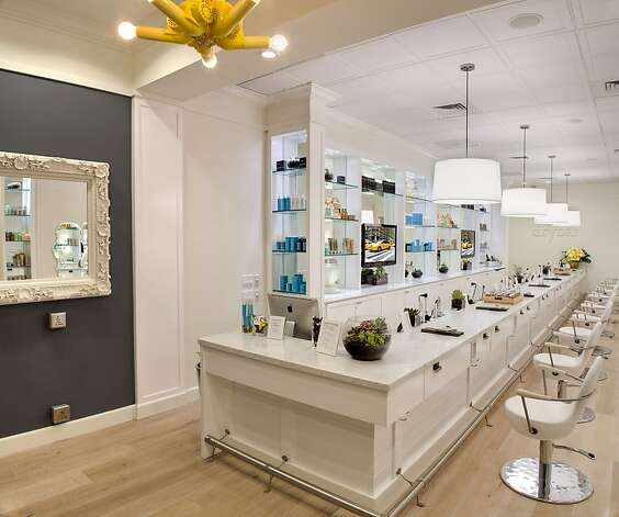 DryBar on Fillmore Street. Photo: Drew Altizer Photography