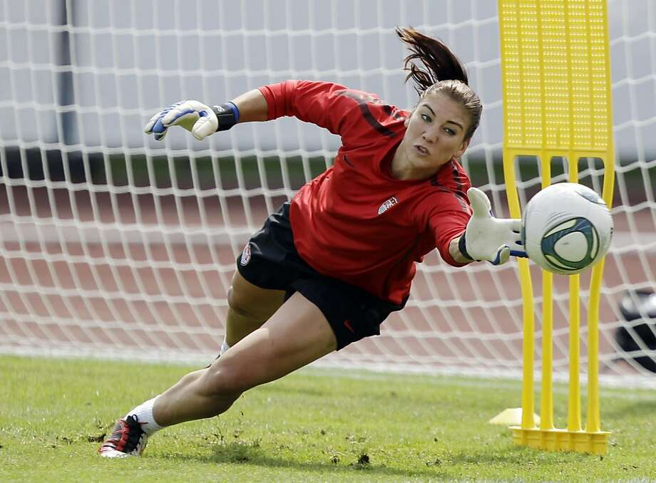 United States goalkeeper Hope Solo makes a save during a training session in preparation for the final match against Japan during the Womens Soccer World Cup in Frankfurt, Germany, Friday, July 15, 2011. Photo: Marcio Jose Sanchez, AP