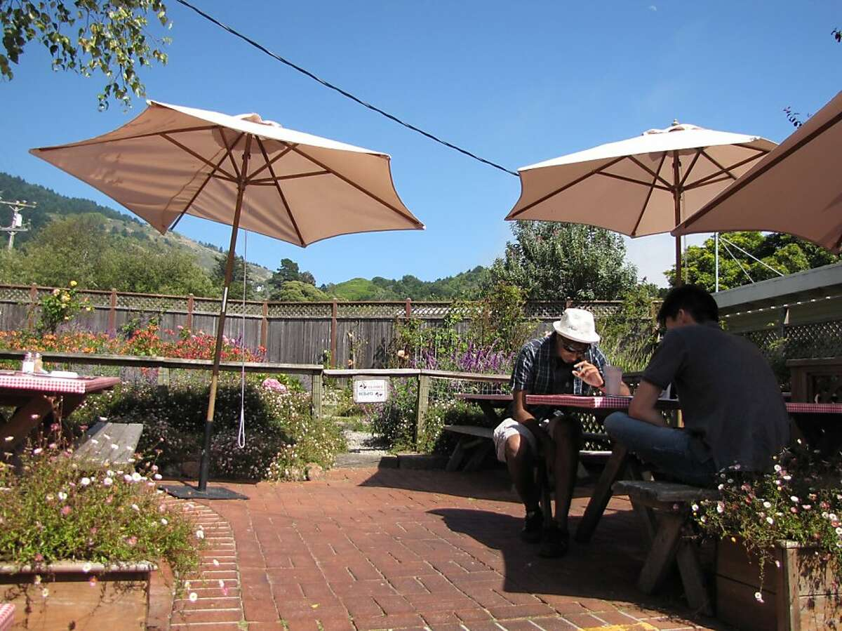 Parkside Cafe's outdoor patio makes for a pleasing lunch spot with its picnic tables and petite garden.