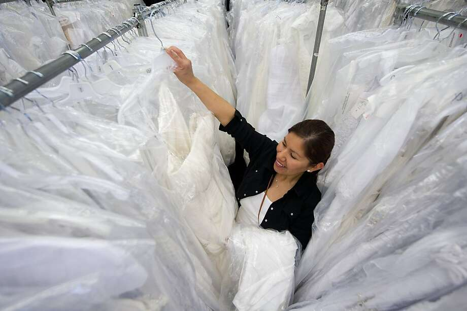 $99 bridal gown sale turns market into boutique - SFGate