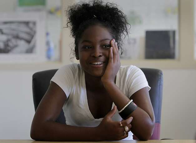 Shacarri Thomas attends summer school classes at McClymonds High School in Oakland, Calif. on Friday, July 8, 2011. Thomas may consider enrolling at Holy Names College in four years, which is enticing students maintaining a 3.0 GPA with a substantial discount off tuition costs. Photo: Paul Chinn, The Chronicle